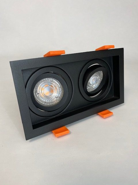 Zwarte vierkante Inbouwspot met 2 lichten