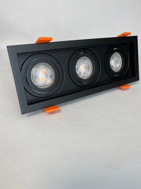Zwarte vierkante Inbouwspot met 3 lichten