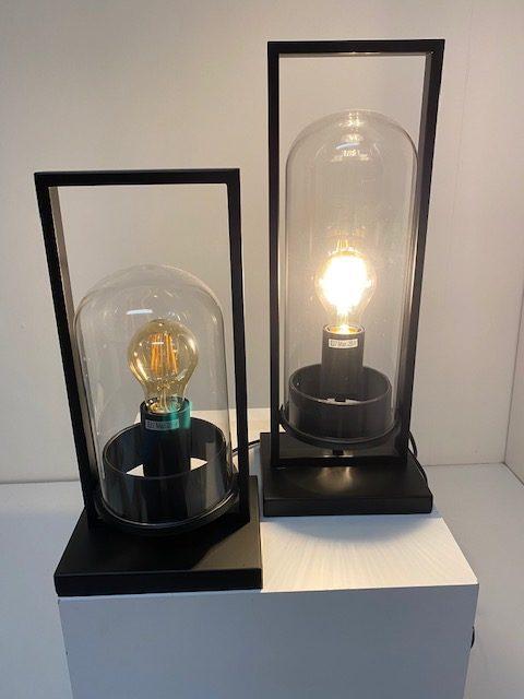 Grote en Kleine tafellamp stolp met LED filament.