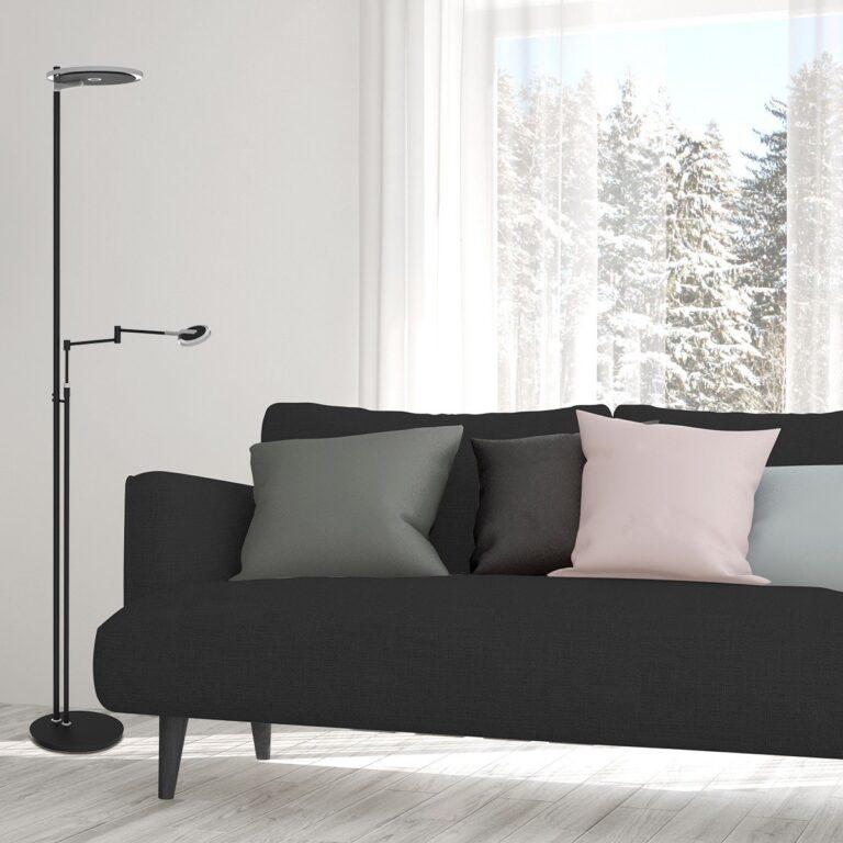 Sfeerfoto vloerlamp Turound LED zwart in een woonkamer